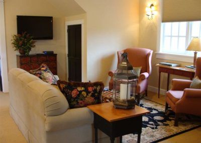 Guest Suites & Sitting Room